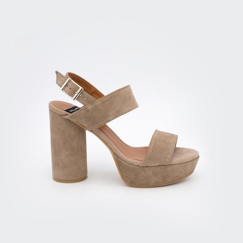 ante beig marron MAHE - Sandalias de plataforma con tacón alto y redondo. Zapato mujer primavera verano 2020 Ángel Alarcón