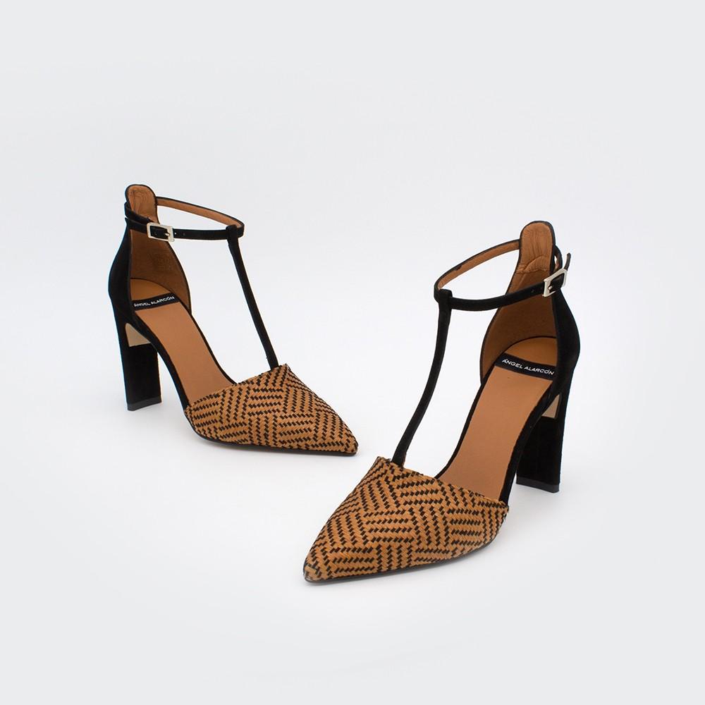 marrón y negro rafia SAO Zapatos de vestir de mujer con tacón alto y ancho de punta fina. Primavera verano 2020 t-strap