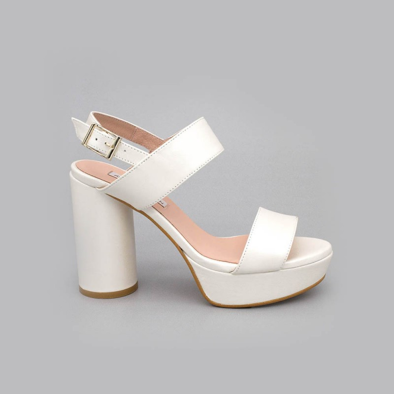 White - NOA - Platform sandals with high and rounded heel. Wedding shoes 2020. Angel Alarcon brand. Made in Spain women's shoes