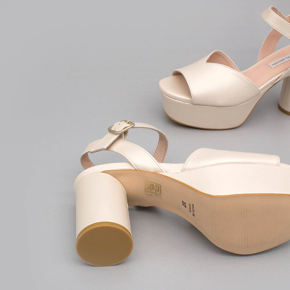 Ivory leather - INNA - Medium, rounded and block heel platforms. Wedding shoes. 2020 collection. Angel Alarcon Made in Spain.