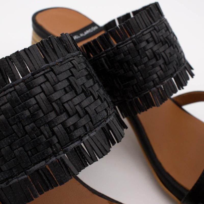 20028 color piel negro rafia BIOKO - Sandalias de vestir cómodas con tacón ancho de piel y rafia de  verano 2020 2021