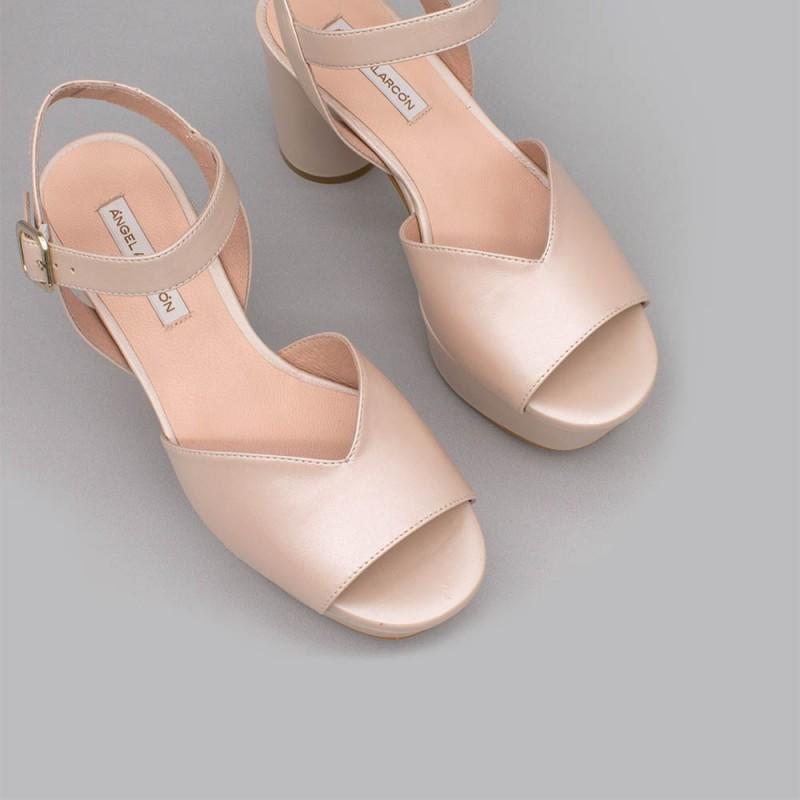 INNA Sandalias cómodas de piel nude de tacón medio ancho y plataforma zapatos de novia 2020