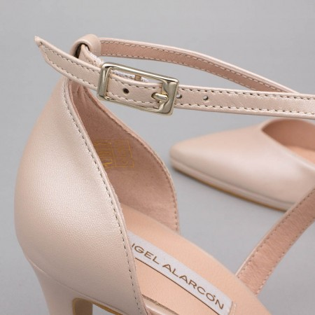 Nude leather - LILIAM - Comfortable, medium heel and low platform wedding Shoes 2020. Made in Spain. D'orsay pointed toe