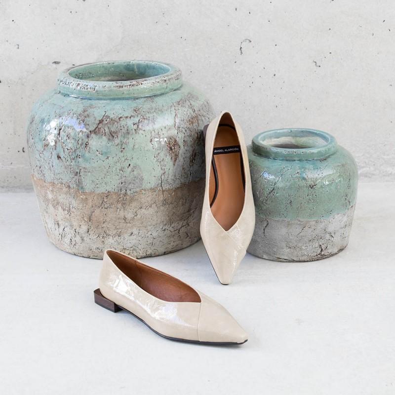 20564-530B charol gris piedra HATIA - Bailarinas de punta fina de tacón plano. otoño invierno 2020 2021 Zapatos de mujer online