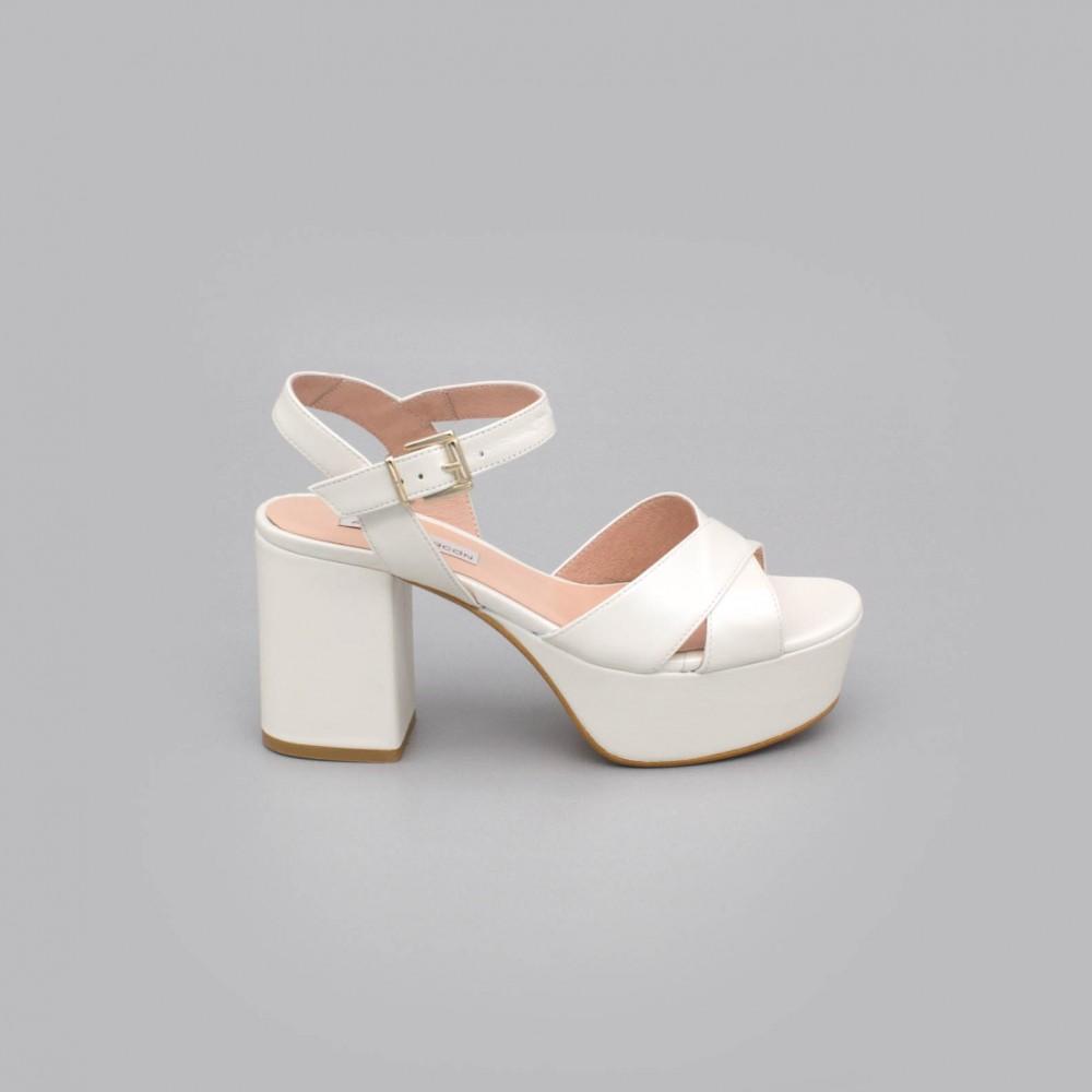 BERTA Sandalias muy cómodas con tacón medio ancho y plataforma zapatos de novia 2020 de piel color blanco a