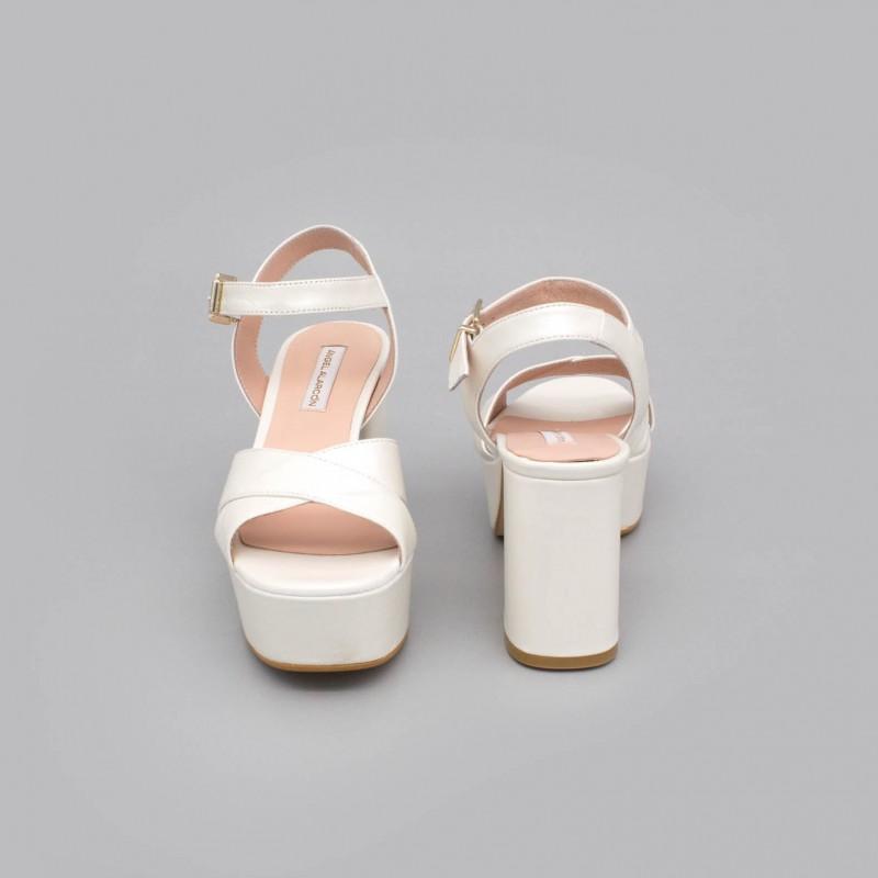 BERTA Sandalias muy cómodas con tacón medio ancho y plataforma zapatos de novia 2020 de piel color blanco