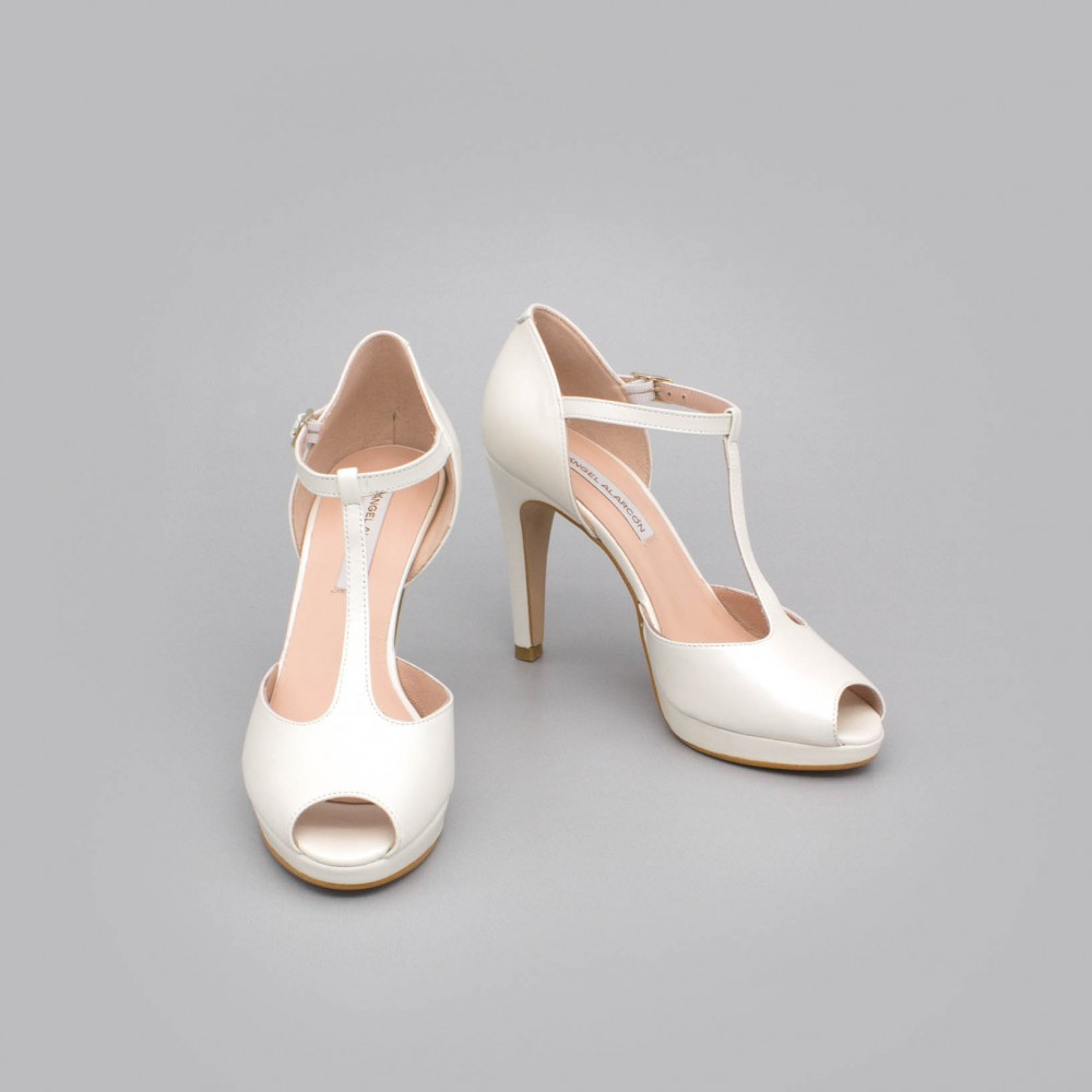 White leather - CHARLOTE - High heel t-strap platform peep toe. Ángel Alarcón Wedding shoes 2020. Made in Spain.
