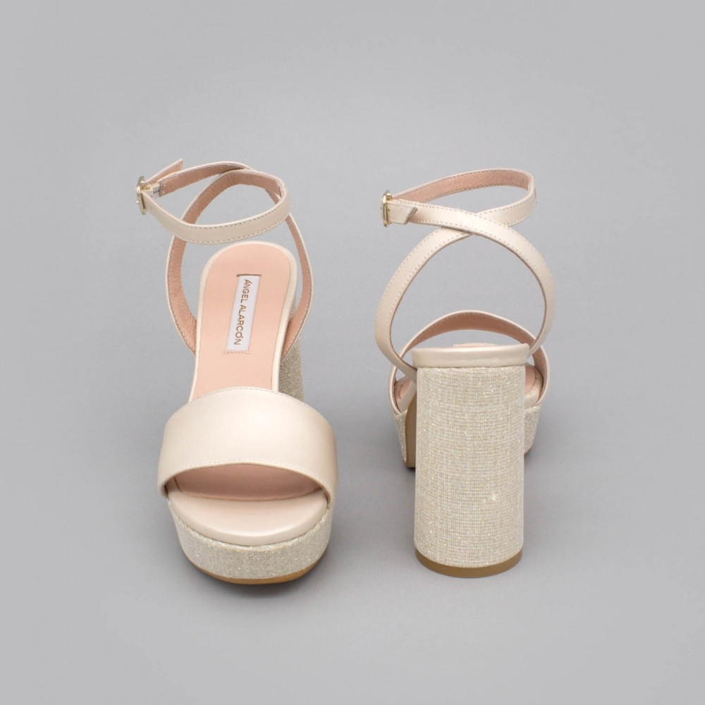 HANNA Sandalias tacón redondo y alto de purpurina con plataforma zapatos de novia oro dorado ivory Angel Alarcon 2020 España
