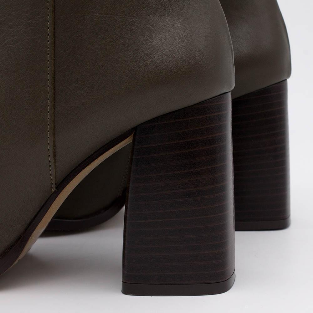 TEXEL Botines de tacón ancho de punta redonda con cremallera de piel  verde oliva invierno 2020 2021 mujer online 20602-540C