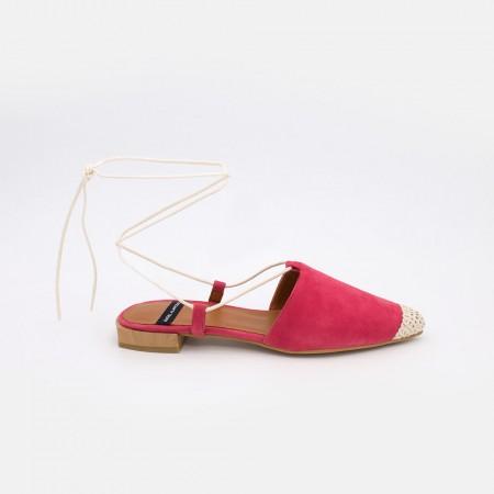 Zapatos mujer ante fuxia rosa. Bailarinas destalonadas de cuerdas con puntera de ganchillo. Verano 2021. SIROS 20050-522B