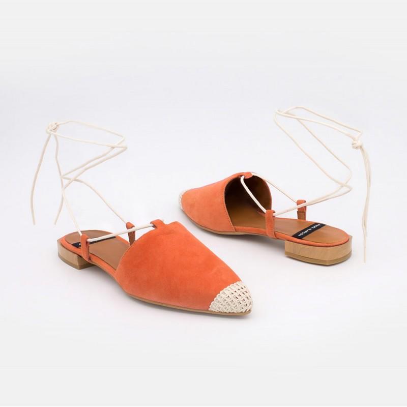 Zapatos mujer ante naranja. Bailarinas destalonadas de cuerdas con puntera de ganchillo. Verano 2021. SIROS 20050-522B