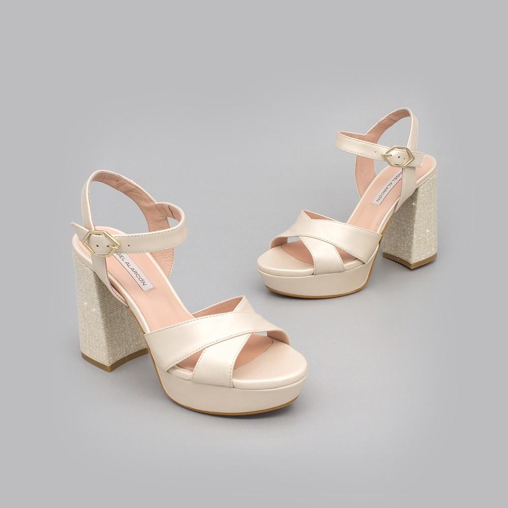 HELLEN Sandalias cómodas con plataforma y tacón ancho de purpurina zapatos de novia 2020 Ángel Alarcón ivory hueso dorado oro