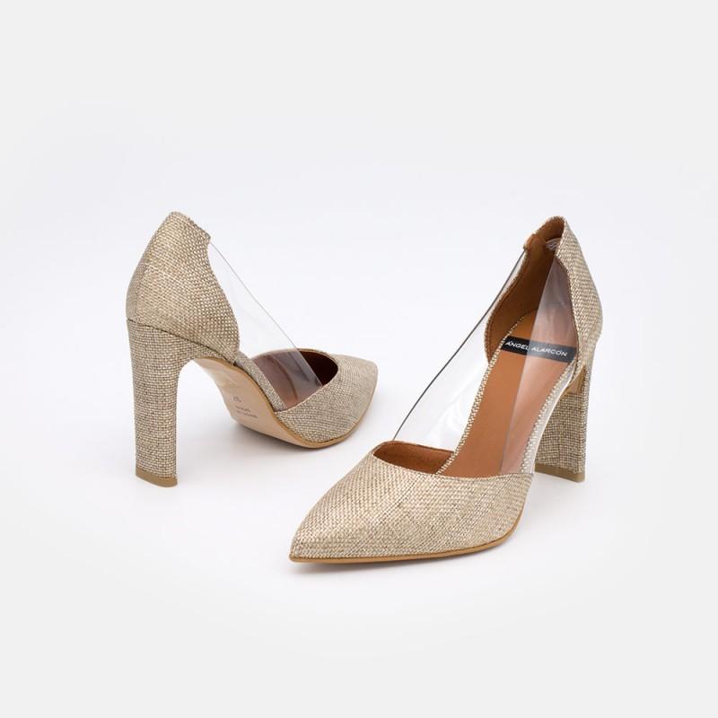 20096-106R CUNDA Stiletto de vinilo y loneta dorada Zapatos de mujer para vestir y fiesta. Verano 2021