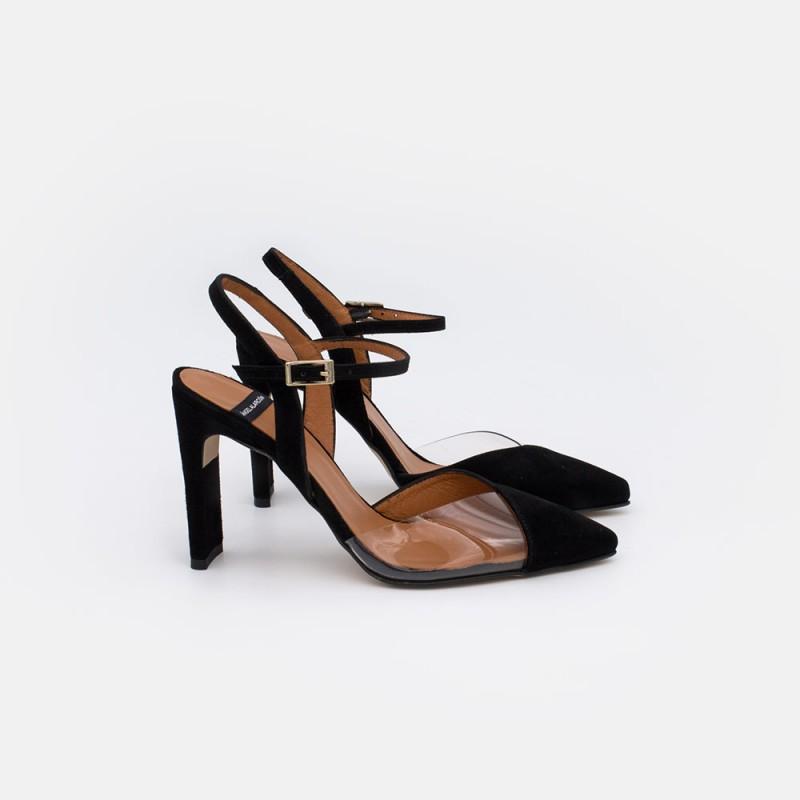 ante negros  RODAS - Zapato de vestir de vinilo con la puntera cerrada atado al tobillo. Mujer verano 2021. España Spain