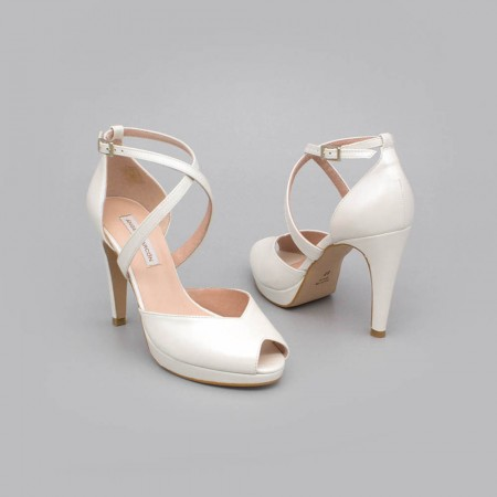 white leather - ANIKA - Peep toe wedding shoe with platform and high heel. Ángel Alarcón. Wedding shoes 2020. Made in Spain.
