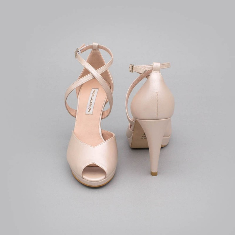 Nude leather - ANIKA - Peep toe wedding shoe with platform and high heel. Ángel Alarcón. Wedding shoes 2020. Made in Spain.
