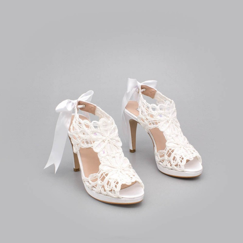 white lace satin - LOVERS - Platforms High heels Sandals. Wedding and party women's shoes 2020. Made in Spain. Angel Alarcon.