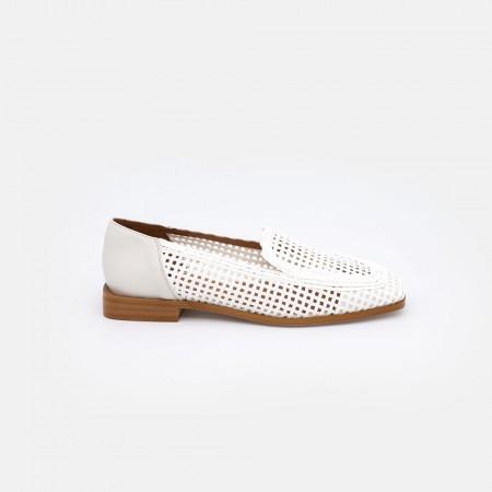 MILAD - Mocasines de mujer transpirables para el verano, de cuerda y piel de color blanco. Verano 2021. Marca Ángel Alarcón.