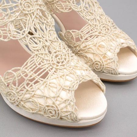 LOAN Sandalia de novia de cordela con tacón medio y plataforma ivory hueso zapatos de novia 2020 Ángel Alarcón boda España