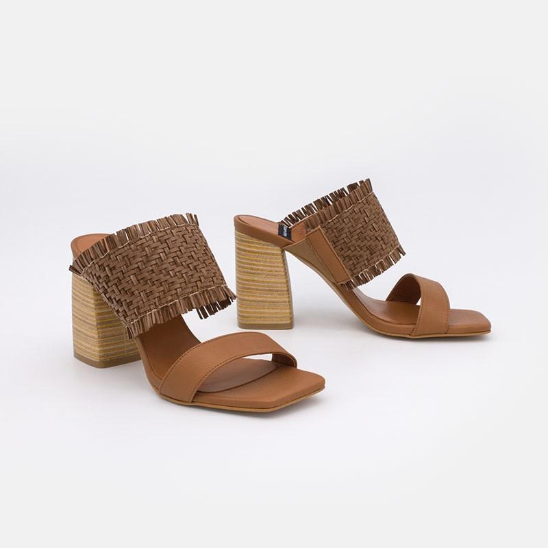 color cuero marrón PIANA Sandalias de vestir de mujer con tacón ancho alto 20062-555E. Angel Alarcón zapatos mujer verano 2021