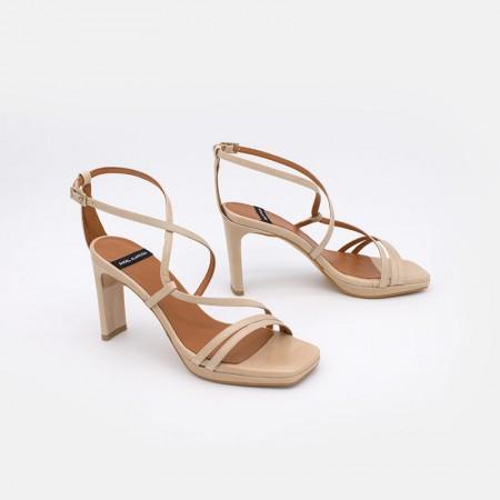 zapatos mujer beige piel ZANTE Sandalias de tiras cruzadas con tacón alto y plataforma. Ángel Alarcón 20078-750X beige