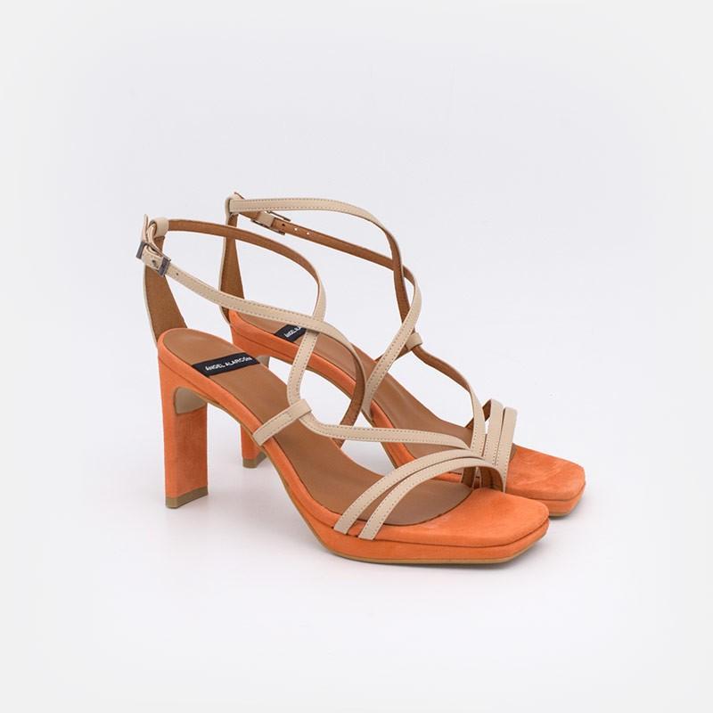 zapatos mujer naranja ante beige piel ZANTE Sandalias de tiras cruzadas con tacón alto y plataforma. Ángel Alarcón 20078-750X