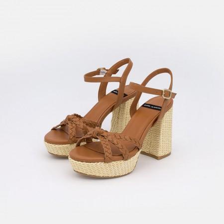 Zapatos mujer verano 2021 beige cuero WADIA Sandalias cómodas piel y rafia de tacón alto y plataforma. Ángel Alarcón 21053-750O