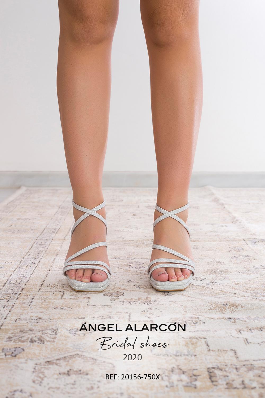 zapatos de novia 2020 20156-750X PLATA A