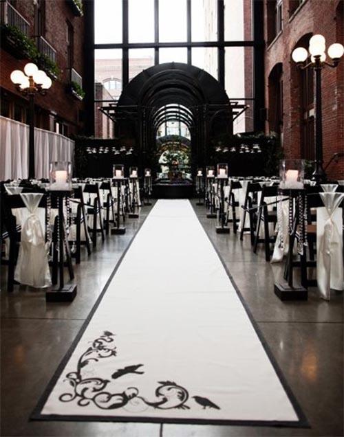 altar de boda blanco y negro