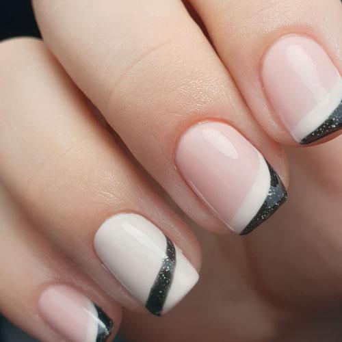 nail art uñas manicura blanco y negro con nude o color carne