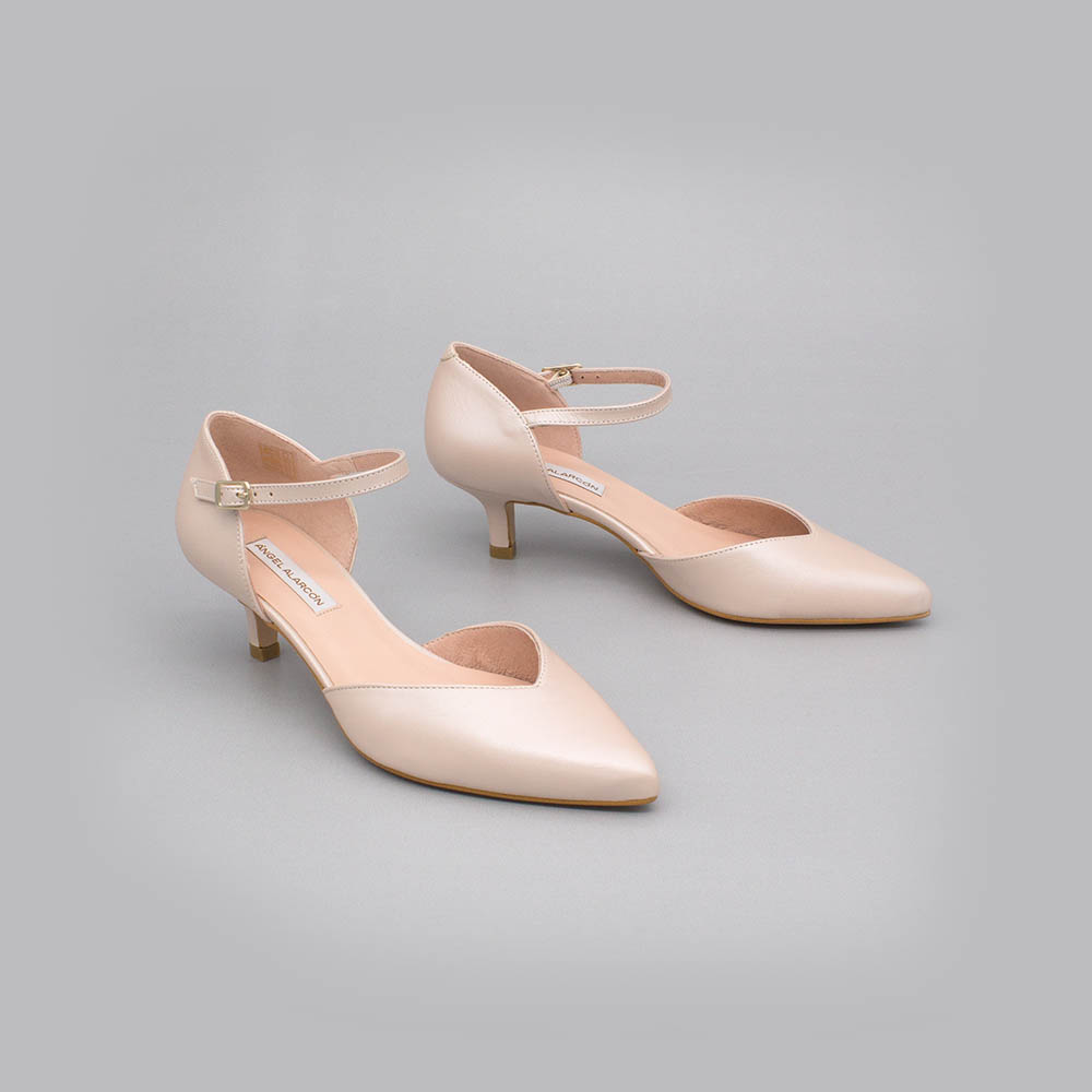 eloise kitten heel low heel fine point ankle bracelet spring summer 2020 2021 shoes color nude pink leather stick party shoes dress