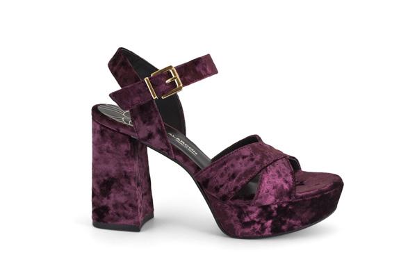 zapatos de terciopelo burdeos de la marca Angel Alarcon H 16633-750O CINIGLIA BURDEOS-966 sandalia