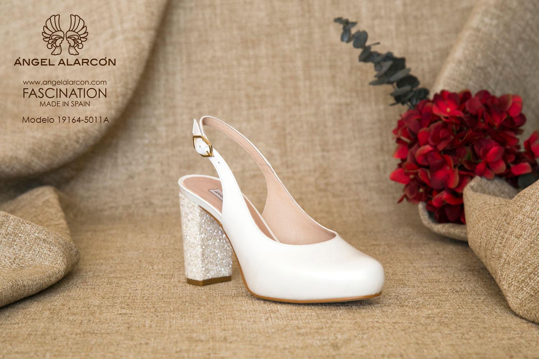 zapatos de novia 2019 de la marca Angel Alarcon 19164-5011A NACAR A