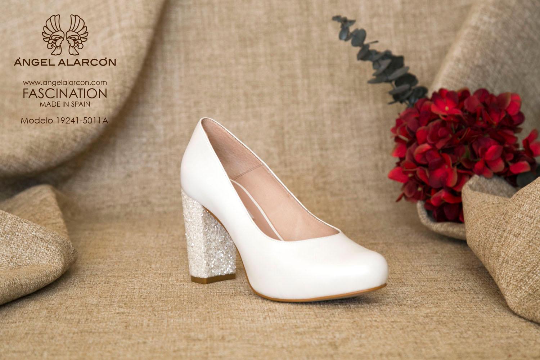 zapatos de novia 2019 de la marca Angel Alarcon 19241-5011A NACAR B