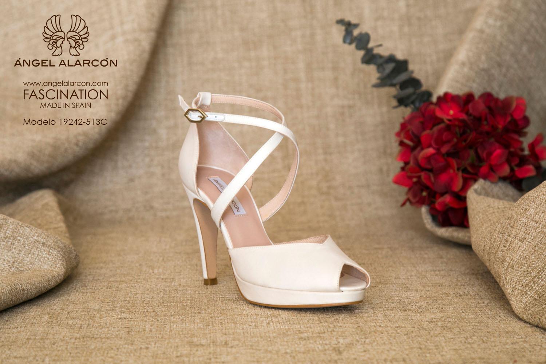 zapatos de novia 2019 de la marca Angel Alarcon 19242-513C RASO A
