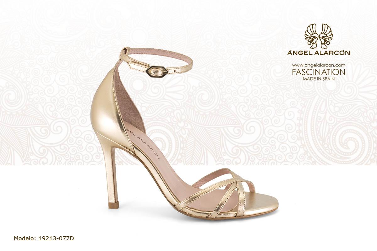 d'orsay de tiras 20 sandalia de fiesta de tiras con pulsera dorada - zapatos de vestir y fiesta de la marca Angel Alarcon - calzado de mujer - coleccion primavera verano 2019 - 19213-077D