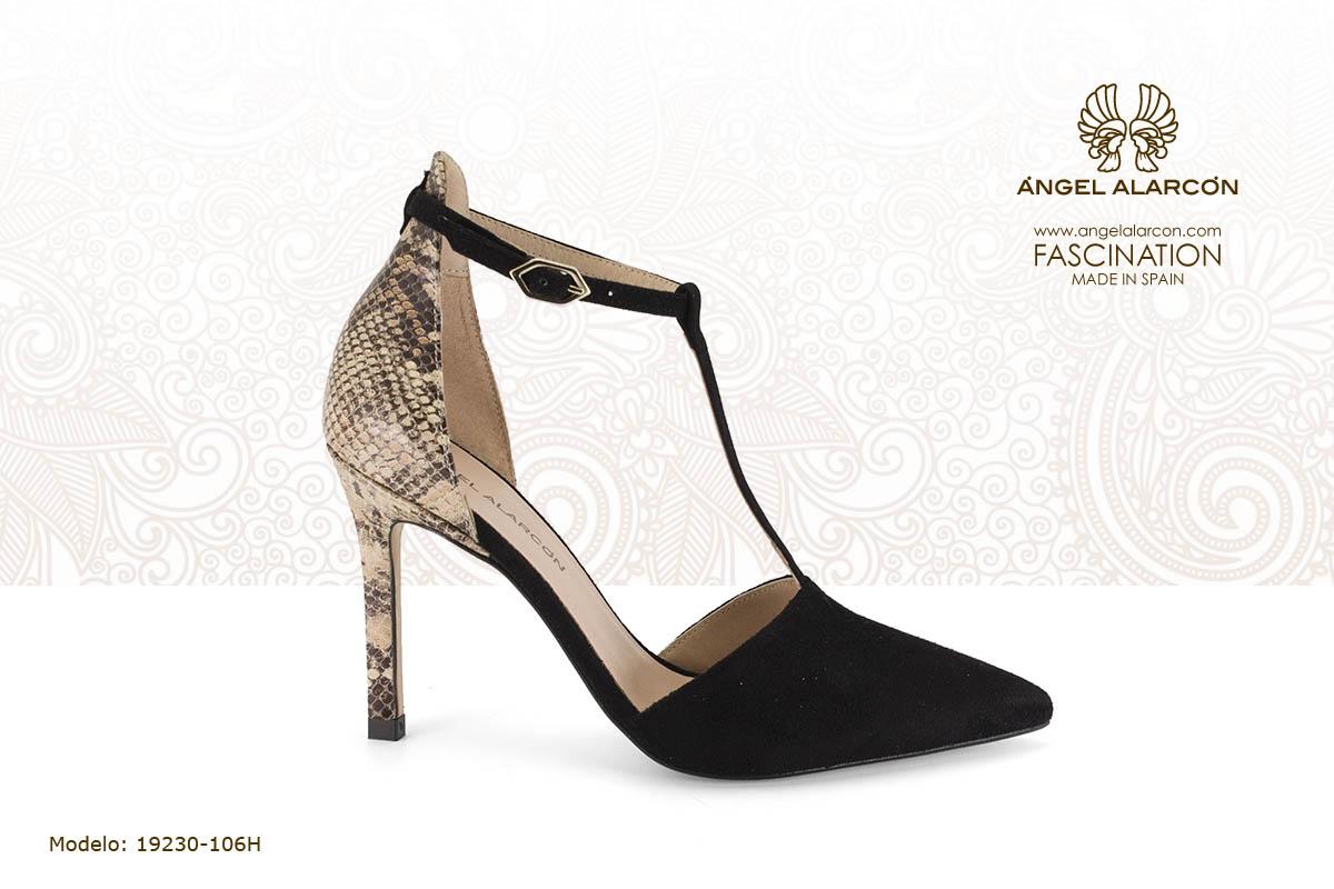 22 d'orsay t-strap negro y print serpiente - zapatos de vestir y fiesta de la marca Angel Alarcon - calzado de mujer - coleccion primavera verano 2019 - 19230-106H