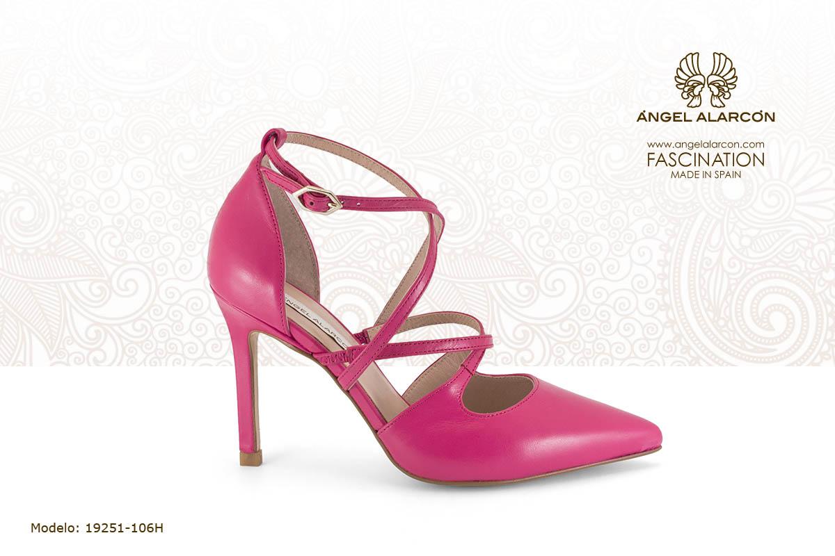 29 stiletto d'orsay de tiras rosa - zapatos de vestir y fiesta de la marca Angel Alarcon - calzado de mujer - coleccion primavera verano 2019 - 19251-106H