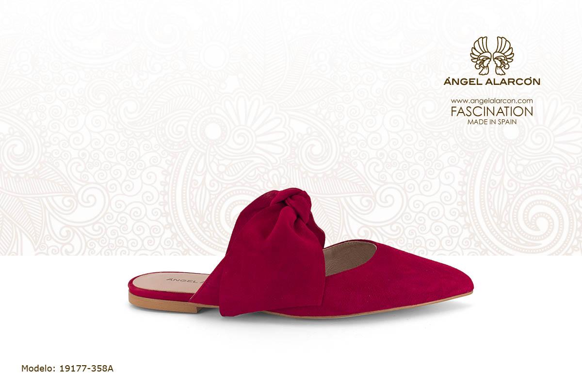 4 zueco plano rojo piel - zapatos de vestir y fiesta de la marca Angel Alarcon - calzado de mujer - coleccion primavera verano 2019 - 19177-358A