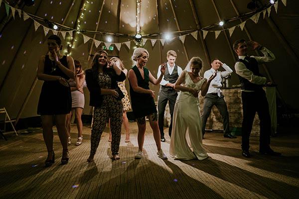 baile amigos boda flashmob